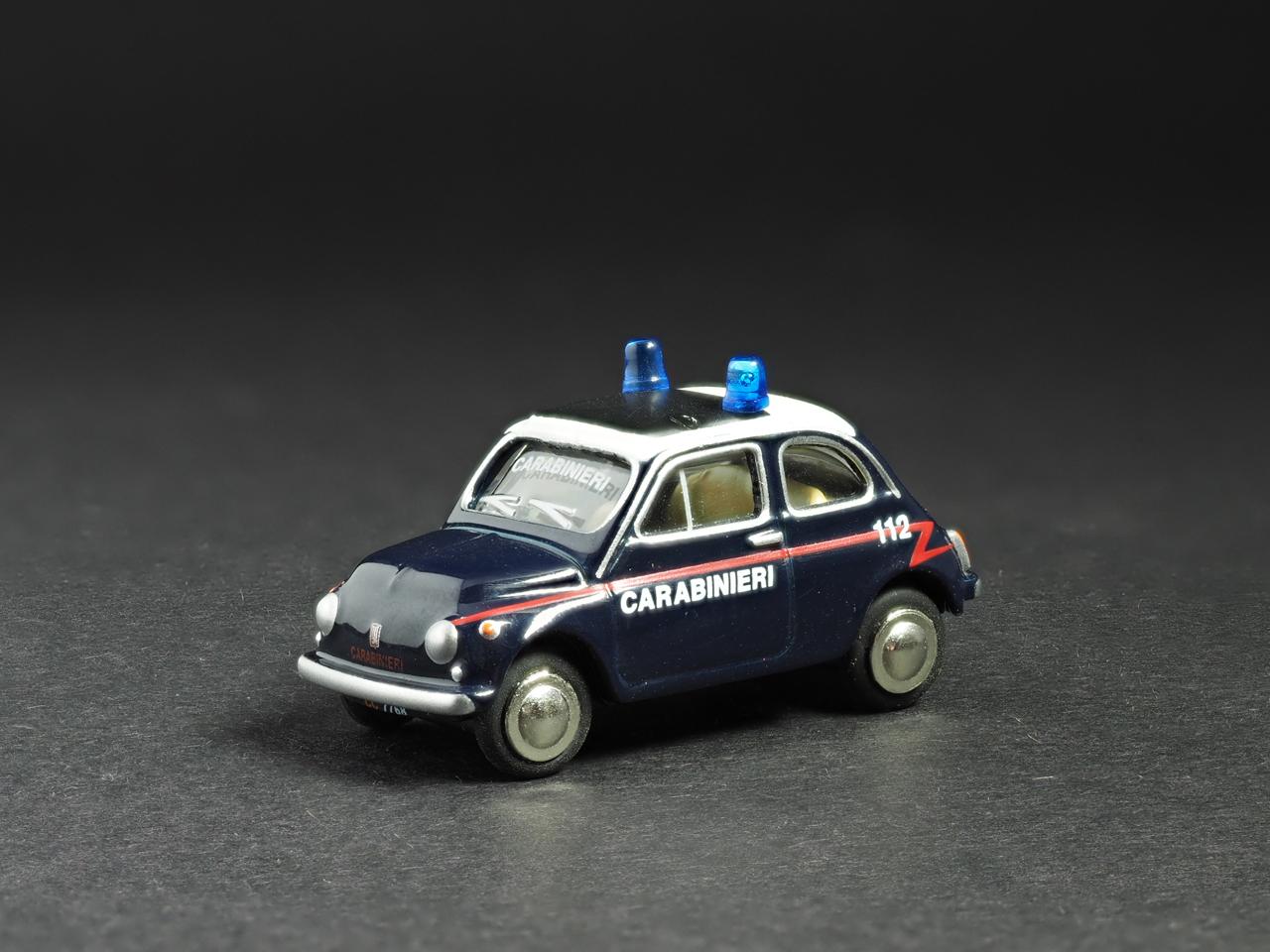 PremiumClassiXXs1/87 FIAT500イタリア警察_前